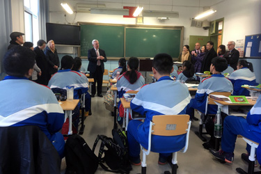 phil-stone-speaking-to-chinese-students